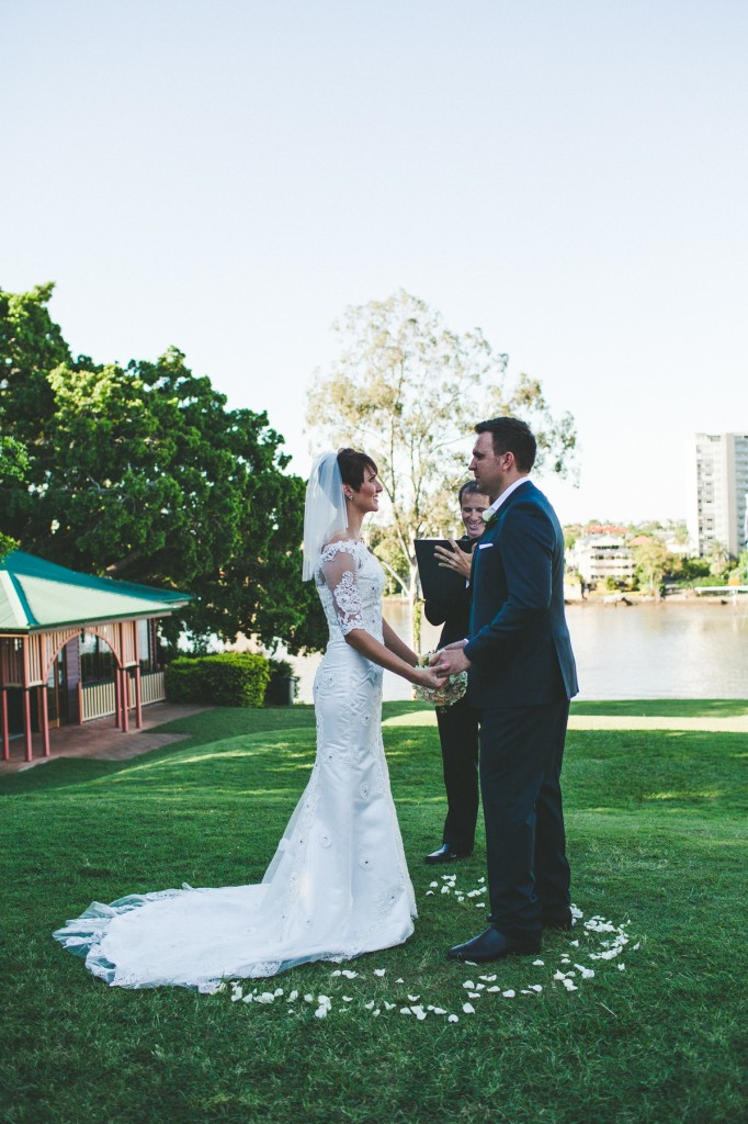 Shafston House Wedding with Brisbane City Celebrant Jamie Eastgate. Image by Sarah Fountain Photography