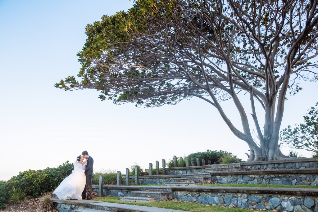Suttons Beach Redcliffe Wedding with Brisbane Wedding Celebrant Jamie Eastgate